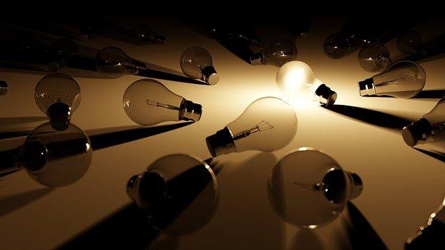 položené žárovky.jpg